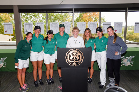 Eastern Michigan Women's Golf team with Shirley Spork